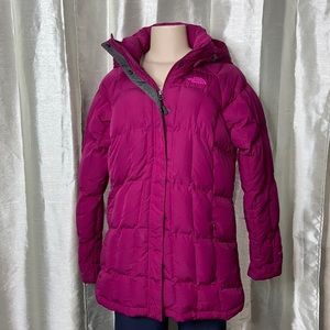1021 The North Face women's 550 puffer 3/4 coat size LG